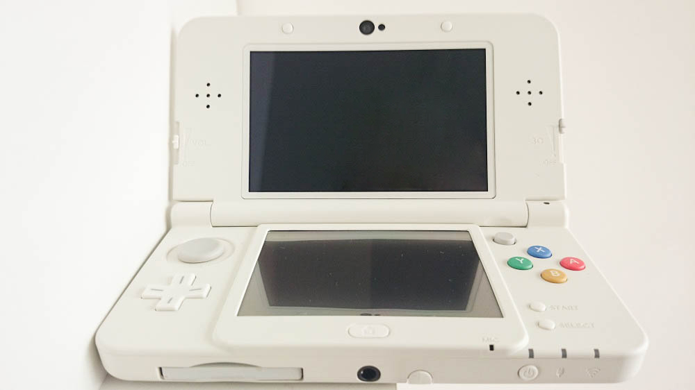New 3DS Fille Geek